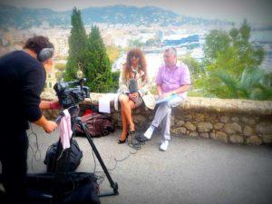 Vanina sur le tournage d'un film TV pour We Love Cannes TV